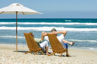 It's no surprise that most people want to retire in warm climate.