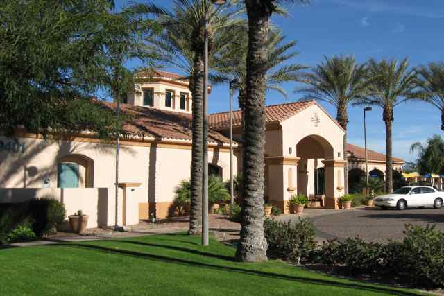 Continental Ranch Sunflower provides the perfect blend of a full-scale active adult community combined with a good location near downtown Tucson.