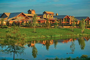 Del Webb Sweetgrass is a fantastic resort-style 55+ community near Houston, Texas with a 50-acre lake and miles of trails.
