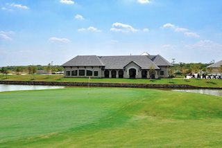 Frisco Lakes offers an 18-hole golf course and this amazing golf clubhouse plus homes from the mid $100s.