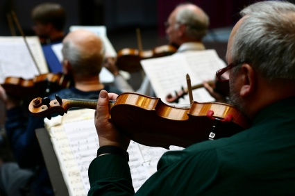 Retirement offers the opportunity to learn new hobbies. Many retirees are finding retirement offers