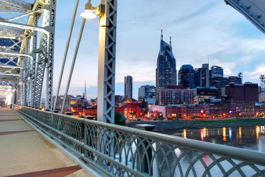 In addition to having great urban attractions, a world-famous music scene and beautiful weather, Nashville is also a tax-friendly destination for retirees.
