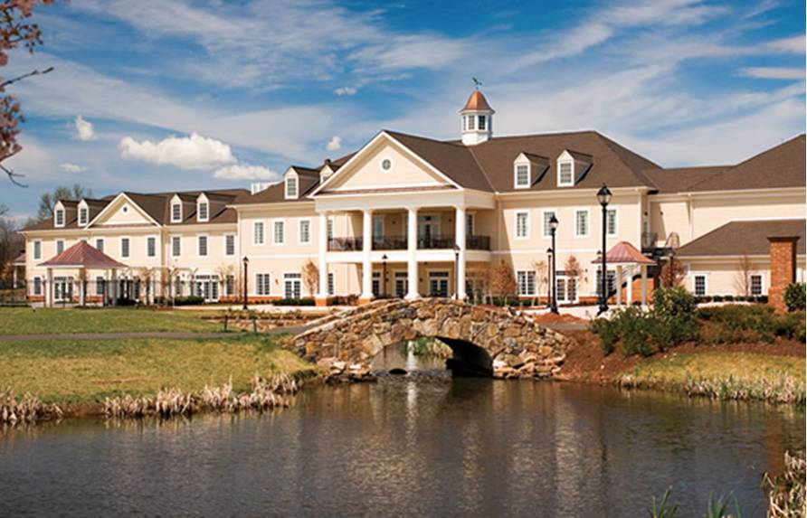 Regency at Dominion Valley features an 18-hole golf course designed by the Arnold Palmer Design Company compete with a full-service pro shop.