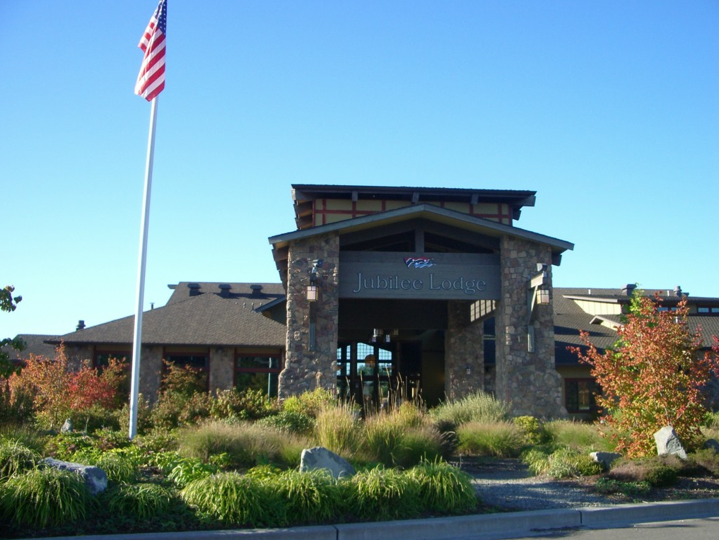 Jubilee at Hawks Prairie continues to be a hit for active adults looking to retire near Seattle.
