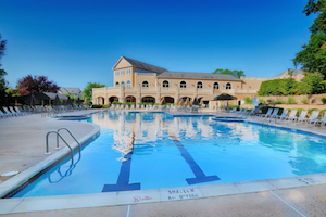 Residents at Fox Hills enjoy luxury amenities to support a physically fit and socially active lifestyle.