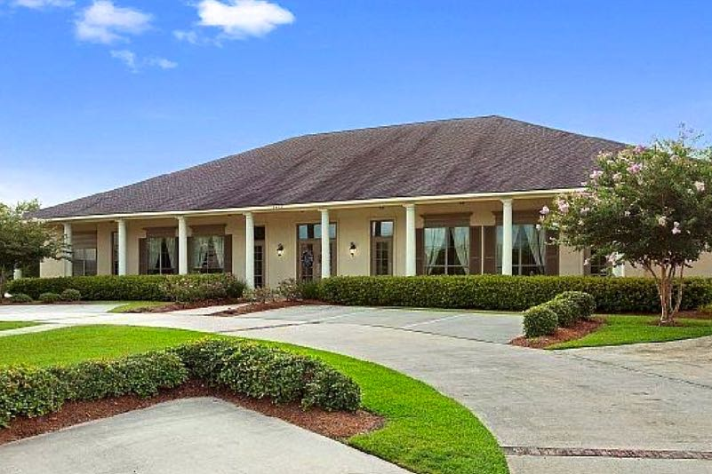 Located just 26 miles from Baton Rouge, The Greens at Pelican Point is sure to please any active adult homebuyer.