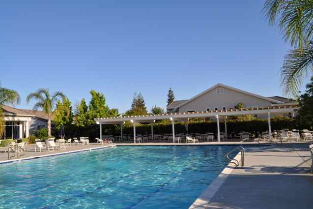 Summerset offers residents a nice collection of amenities to enjoy the beautiful California sunshine.