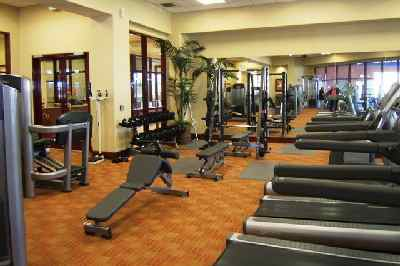 A state-of-the-art fitness center includes the latest high-end cardiovascular and weight training equipment.