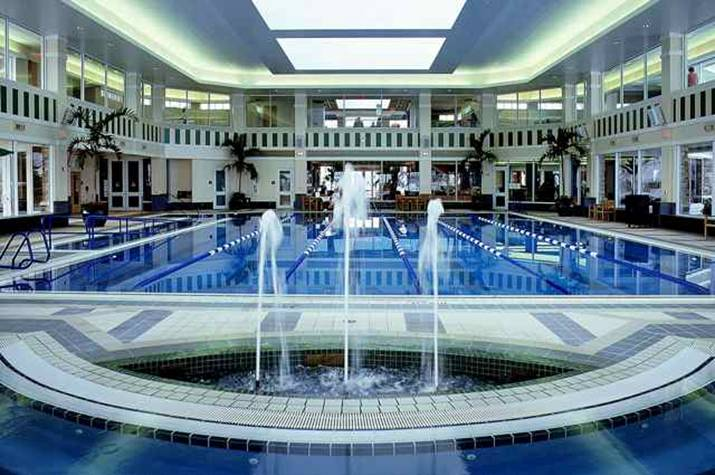The impressive indoor pool at Sun City Huntley in Illinois features lap lanes and hosts water aerobics.
