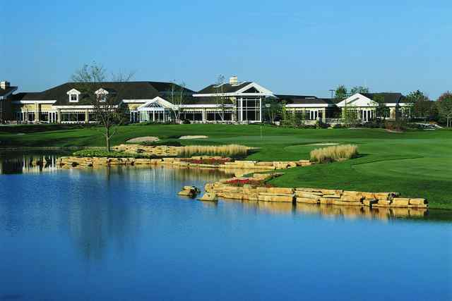 The Prairie Lodge at Sun City Huntley is an impressive facility with 94,000 square feet of amenity space.