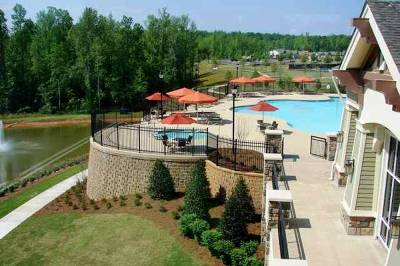 Sun City Peachtree in Georgia beautifully blends low-cost living in a picturesque setting.
