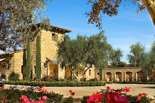 Toscana Country Club is an extraordinary community designs with elegant architecture and beautiful landscaping.