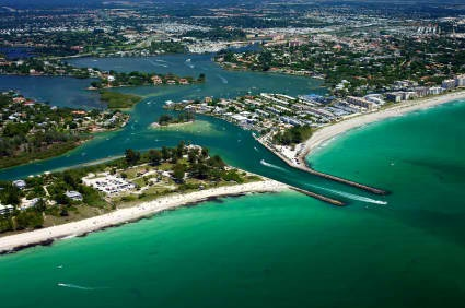 Located on the coast of Southwest Florida, Venice is a welcoming city which boasts beautiful beaches, unique shops, diverse restaurants and a variety of recreational attractions.