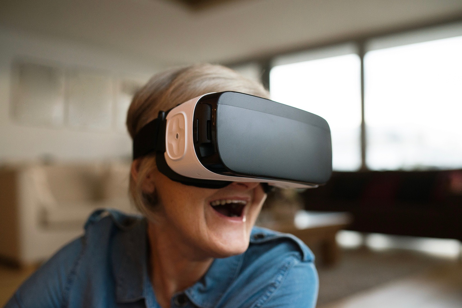 Virtual reality takes a step into active adult homes, offering virtual tours at two Pulte communities.