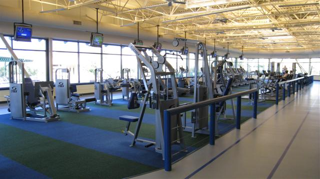 The 18,000 square foot Oakmont Clubhouse is the focal point for all community social and fitness activities in Solera at Oak Valley Greens. It includes a state-of-the-art fitness center that features the latest cardiovascular and weight training equipment.