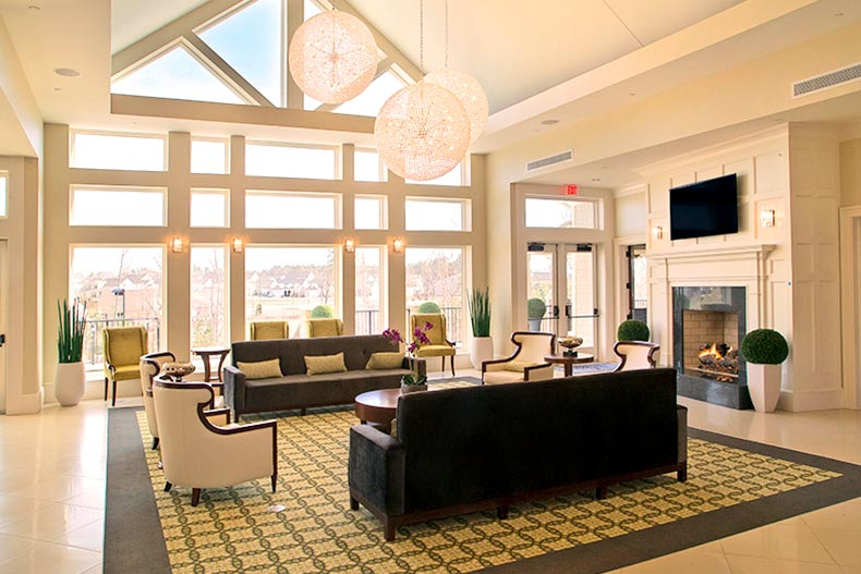 Interior view of a lounge area in Carolina Arbors in Durham, North Carolina