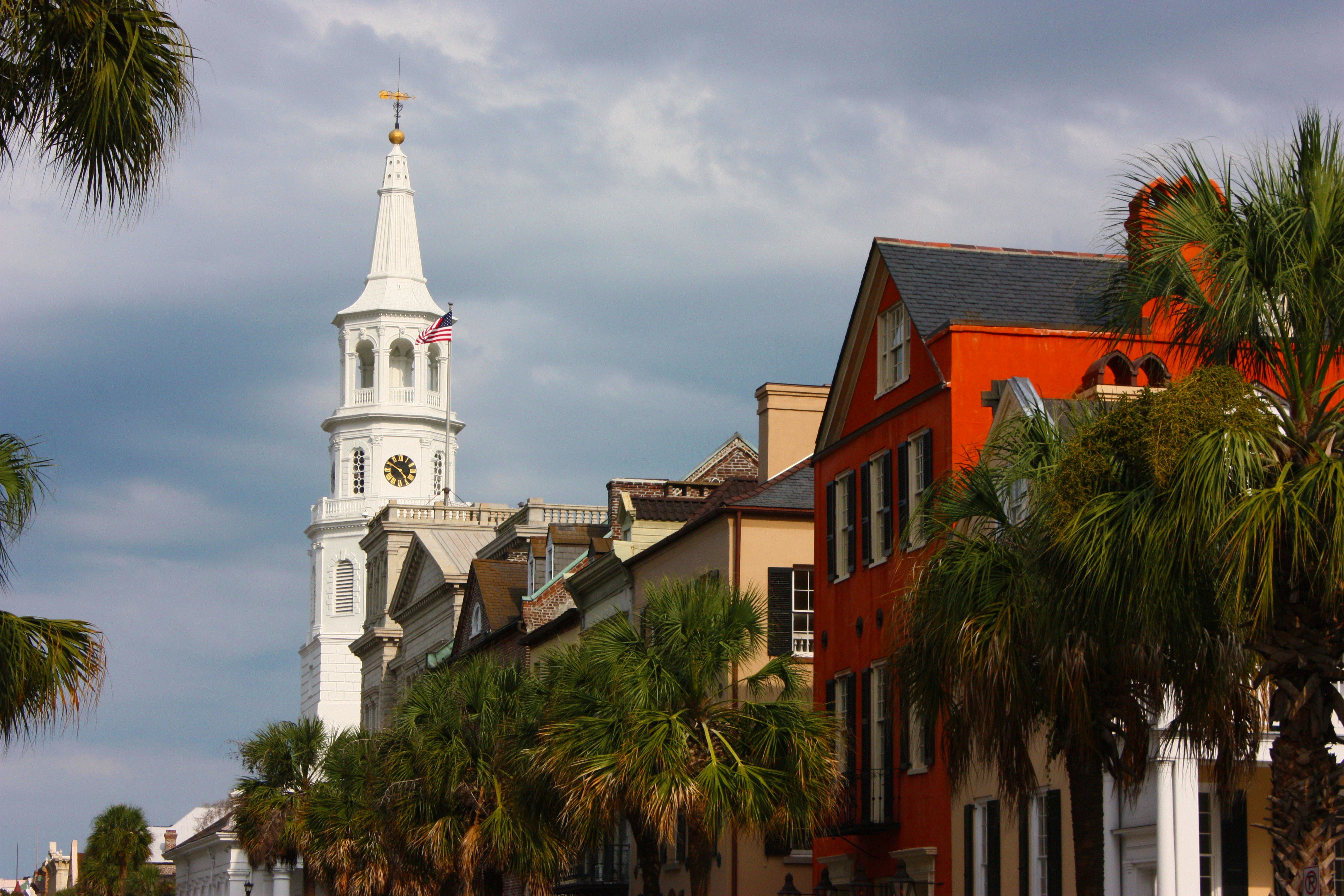 Charleston, SC is just one of 55places twenty best cities to retire in.