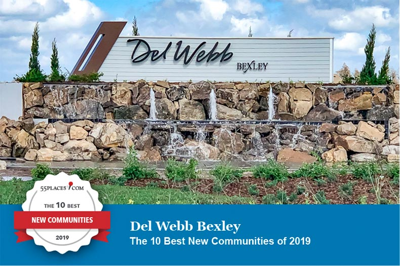 Front entrance sign to Del Webb Bexley