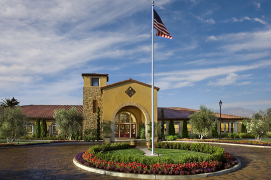 Four Seasons at Bakersfield by K. Hovnanian is an active adult community set among other desirable neighborhoods a few miles outside of downtown Bakersfield, California.