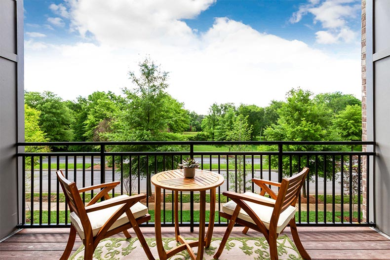 A table and chairs on the patio of a home in Gatherings at Indian Lake in Hendersonville, Tennessee