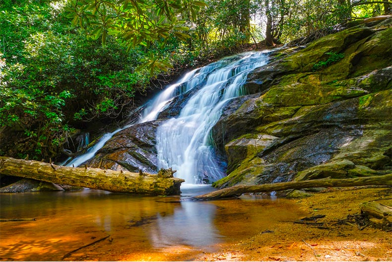 Dukes Creek Falls in the Chattahoochee-Oconee National Forest