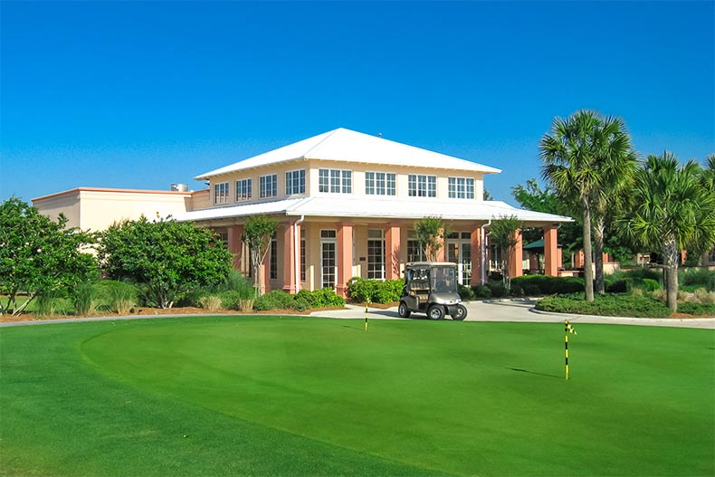 Exterior view of the Candler Hill Golf and Country Club at On Top of the World in Ocala, Florida