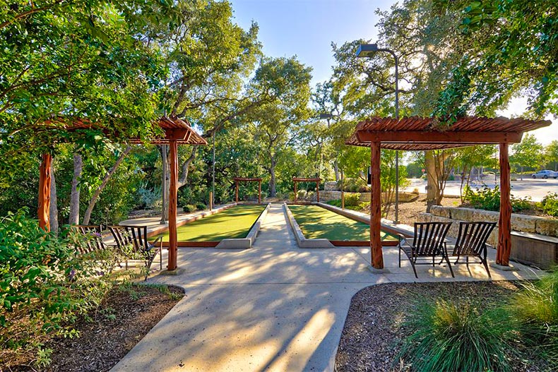 Choosing Between Hill Country Retreat And Kissing Tree In