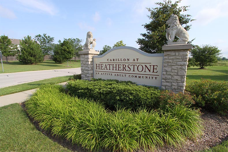 View of the community sign for Carillon at Heatherstone in Beach Park, Illinois