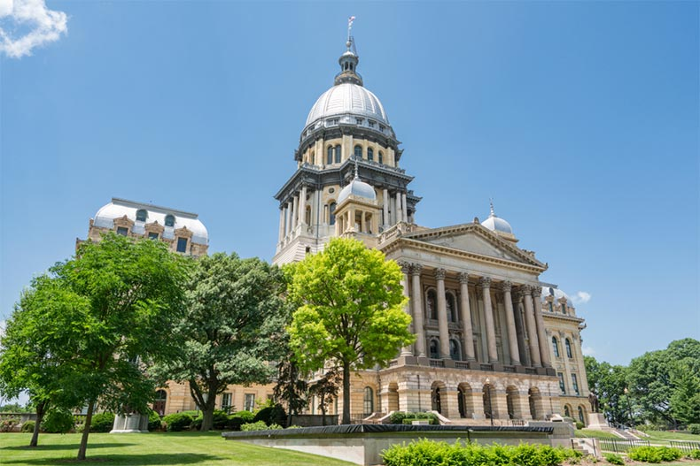 A blue sky over the Illinois State Capitol Building in Springfield, Illinois