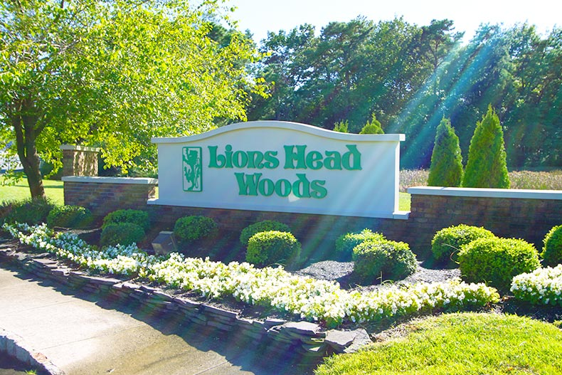 Entrance sign at Lions Head Woods