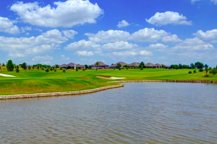 Frisco Lakes by Del wEbb is just one affordable active adult community in the DFW-area.