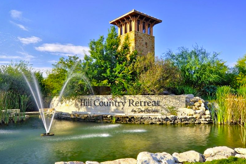 Hill Country Retreat in San Antonio, TX is a beautiful 55+ community with a city lifestyle.