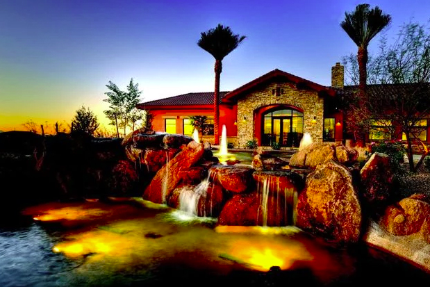 Del Webb at Rancho Del Lago in Vail, AZ is a beautiful 50+ community that offers baby boomers an active lifestyle.