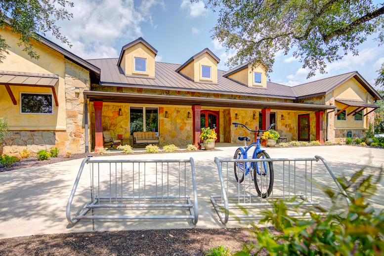 Heritage Oaks is a beautiful 55+ community in Georgetown, TX.