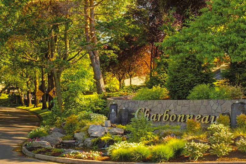 Check out what Charbonneau Country Club has to offer active adults in Wilsonville, OR.