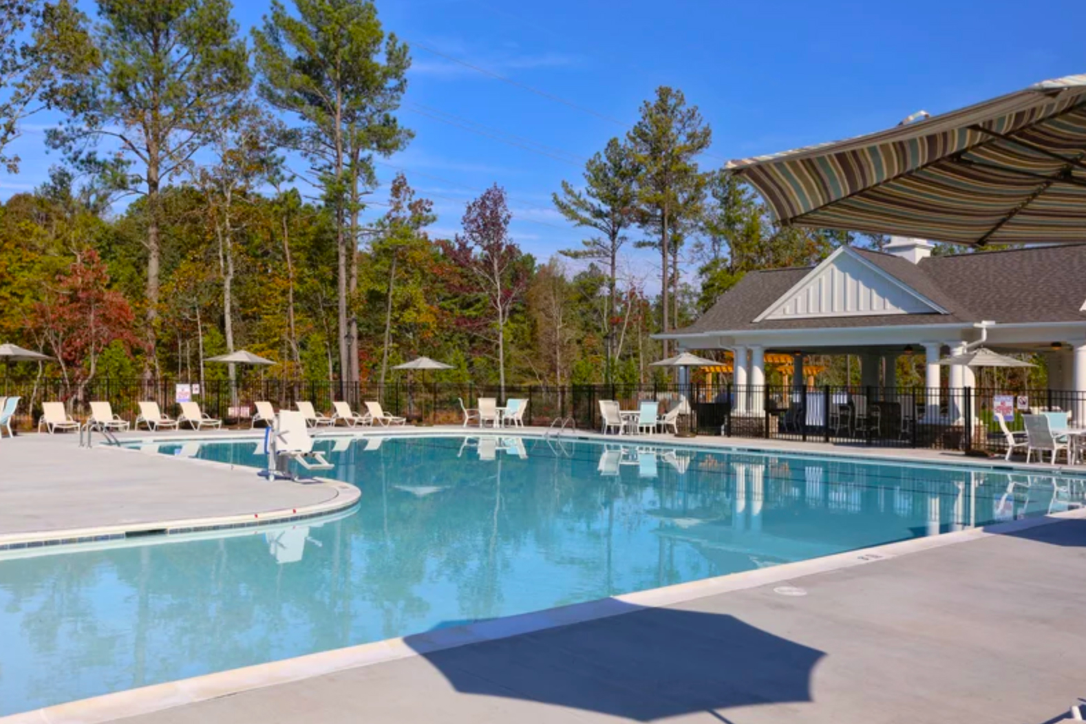 Creekside at Bethpage is a beautiful 55+ community in the Raleigh-Durham area of North Carolina.
