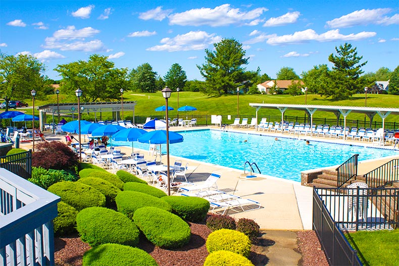 new jersey 55+ community pool