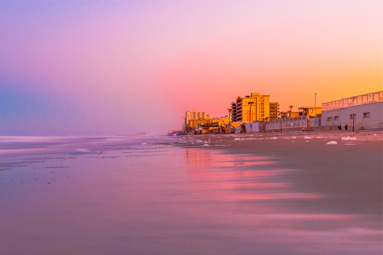 A sunset view of Ormond Beach in Daytona, Florida