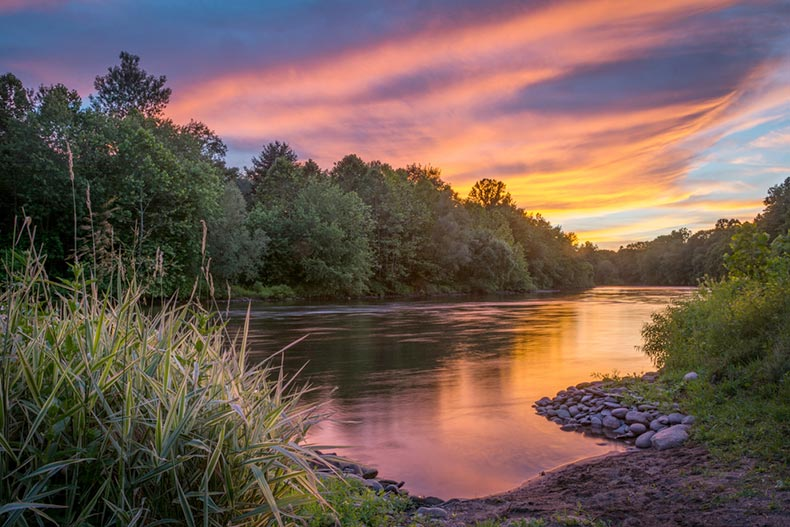 A sunset view along the Lehigh River in Walnutport, Pennsylvania