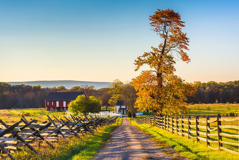 View of a dirt road leading to a farm in Gettysburg, Pennsylvania