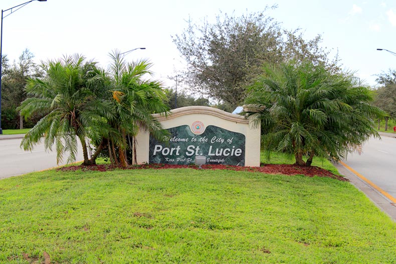 "View of the ""Welcome to the City of Port St Lucie"" sign in Florida"