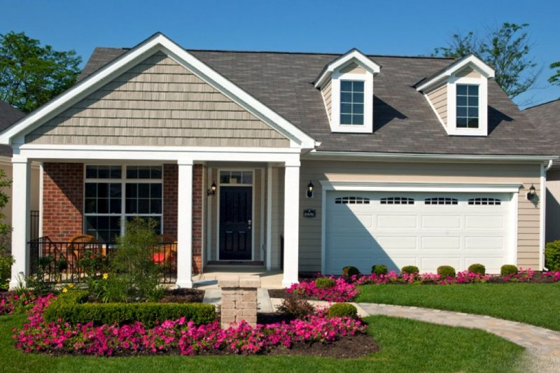Epcon is a trusted builder of low-maintenance yet luxurious homes.