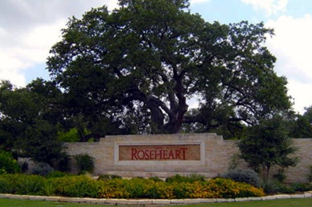 Residents of Roseheart in San Antonio, TX enjoy living in an established scenic community.