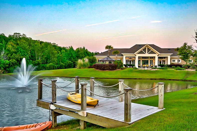 lake and clubhouse at Sun City Hilton Head