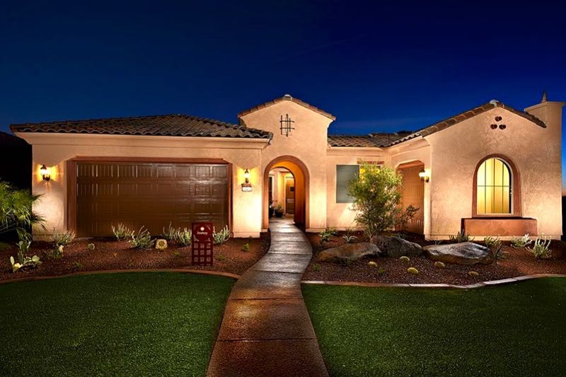 Lone Tree is a 55+ community in the Phoenix area that offers new homes by Del Webb.