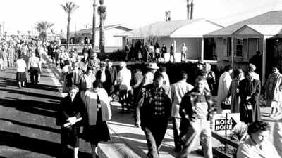 An estimated 100,000 people showed up for the grand opening of Sun City Arizona on January 1, 1960