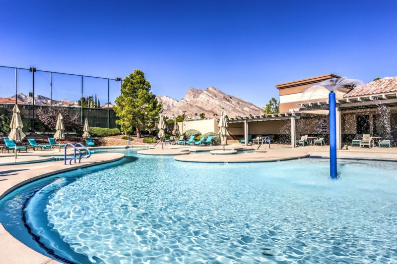 Summerlin, with its convenient location and bountiful amenities, is one of the premier active adult destinations in Nevada.