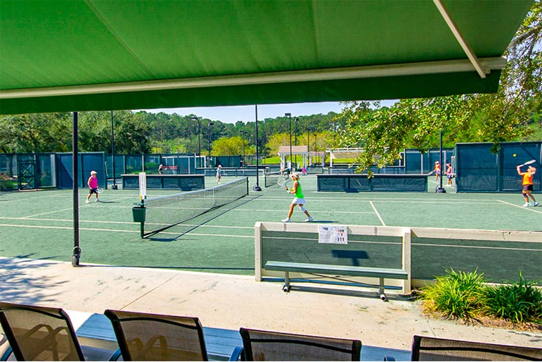 Tennis courts and players in Sun City Hilton Head