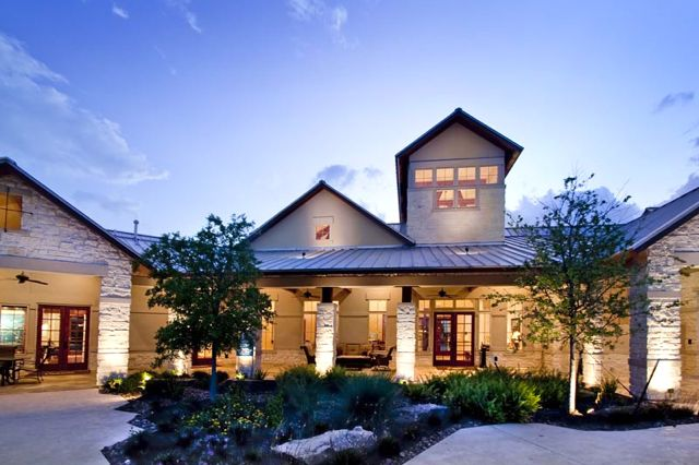 Heritage Towne Lake is the jewel of the much sought after area of Cy-Fair, surrounded by restaurants, shopping, and recreational opportunities.