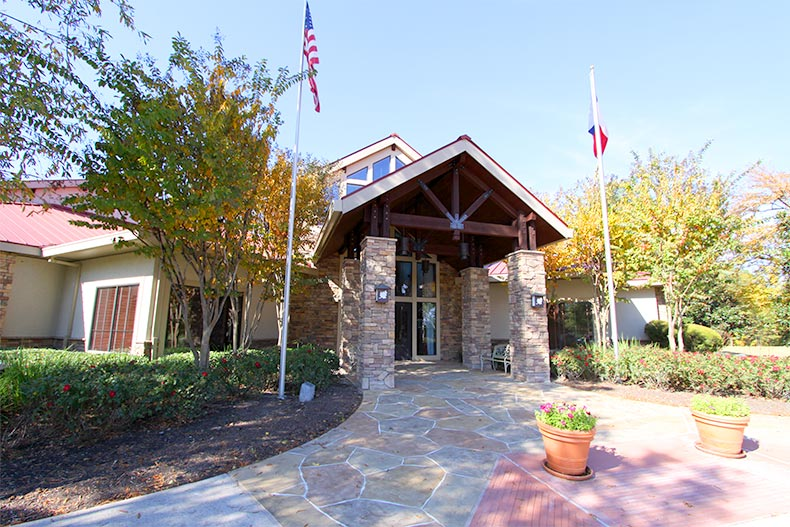 Exterior view of the clubhouse at Windsor Lakes in The Woodlands, Texas